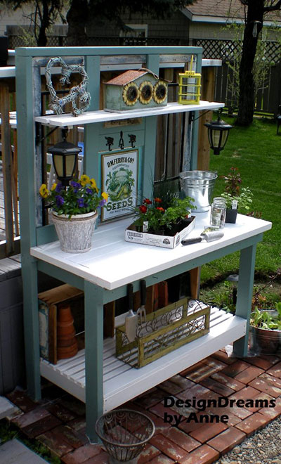 Country-Style Potting Bench