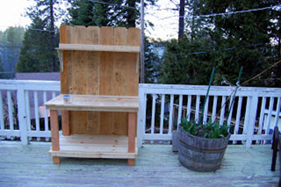 Fence Board Potting Bench