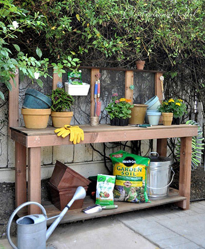 Functional Potting Bench With Storage Mesh