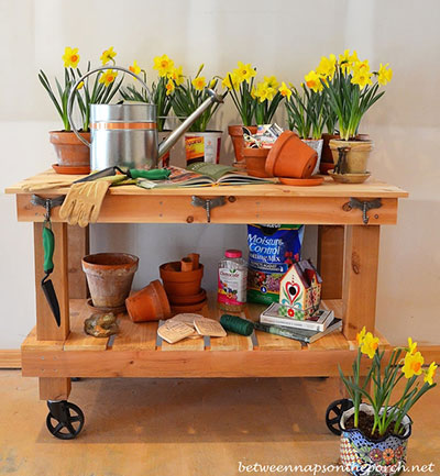 Garden Party Wheeled Potting Bench