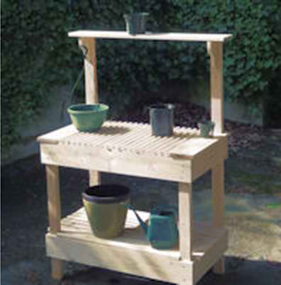 Charmant DIY Gardeneru0027s Potting Bench