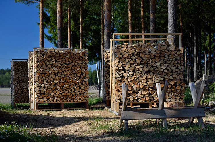 How to Store Firewood Properly