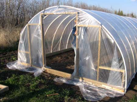 95 diy greenhouse plans learn how to build a greenhouse. Black Bedroom Furniture Sets. Home Design Ideas
